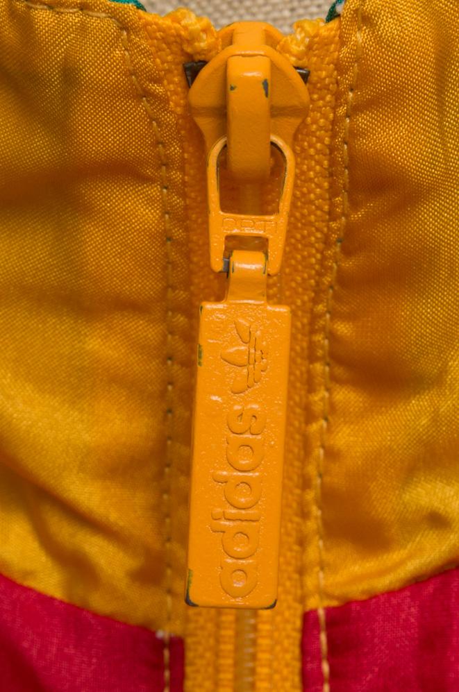 adivintage.com_vintage_90s_adidas_windbreaker_colourblock_IGP0228