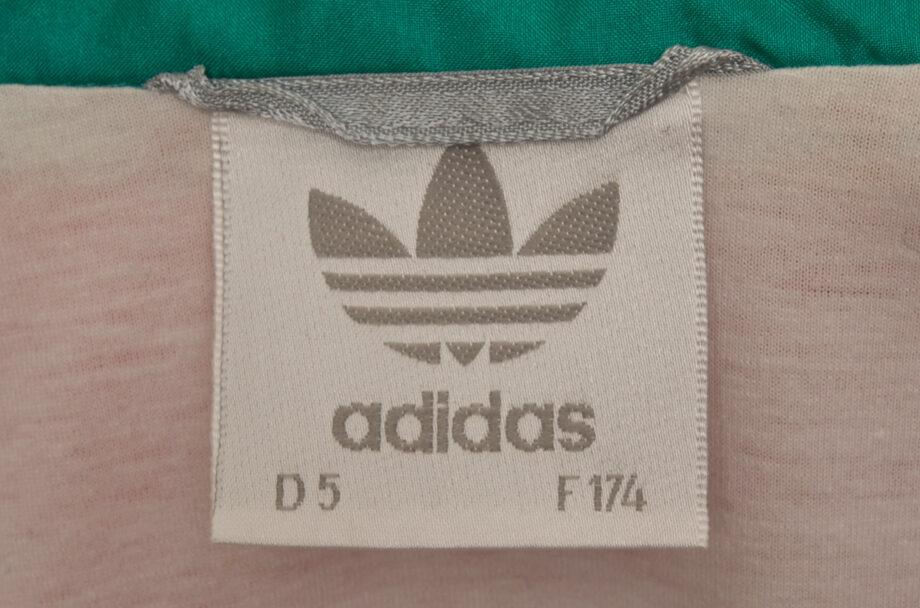 adivintage.com_vintage_90s_adidas_windbreaker_colourblock_IGP0229