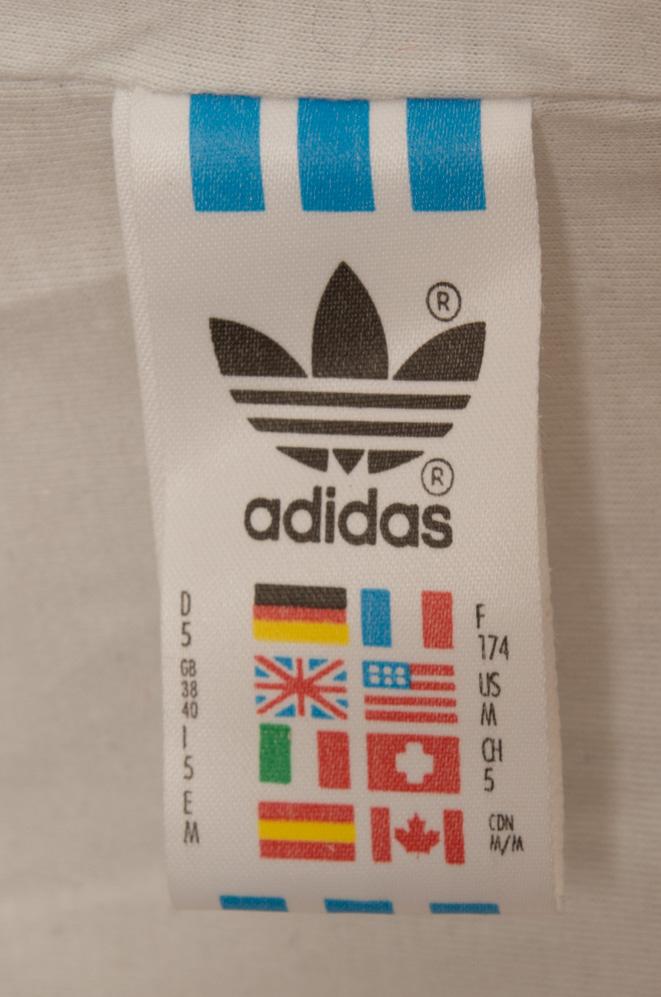 adivintage.com_vintage_90s_adidas_windbreaker_colourblock_IGP0230