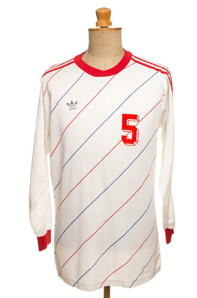 adiasvintage.com_vintage_adidas_football_jersey_IGP0292